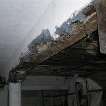 blue crocidolite asbestos plastered ceiling